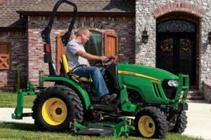 John Deere 1025r vs 2025r, john deere 1025r for sale, john deere 1025r specs, john deere 1025r backhoe, john deere 1025r weight, john deere 1025r for sale craigslist, john deere 1025r reviews,